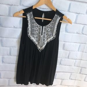 Cute Embroidered flowy tank